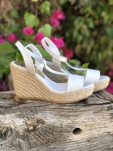 Sandal Therasia